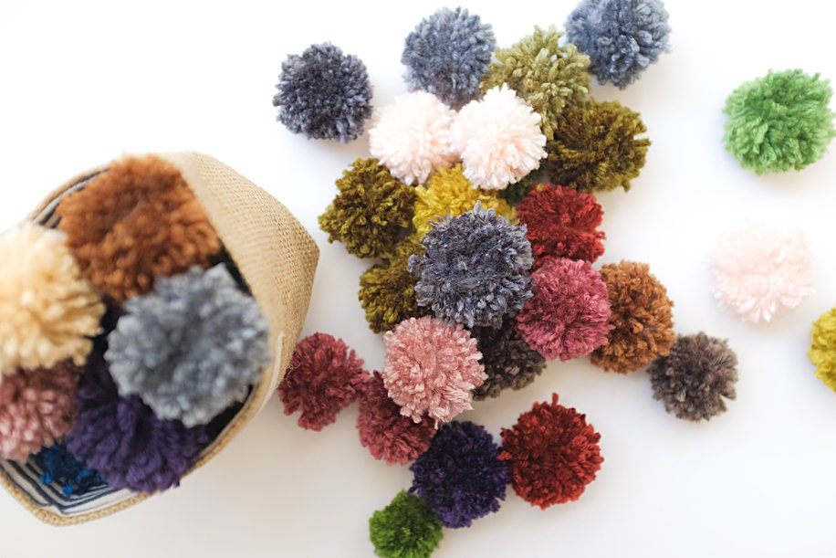 DIY How to Make Pom Poms for Pom Pom Crafts | Simply Living NC