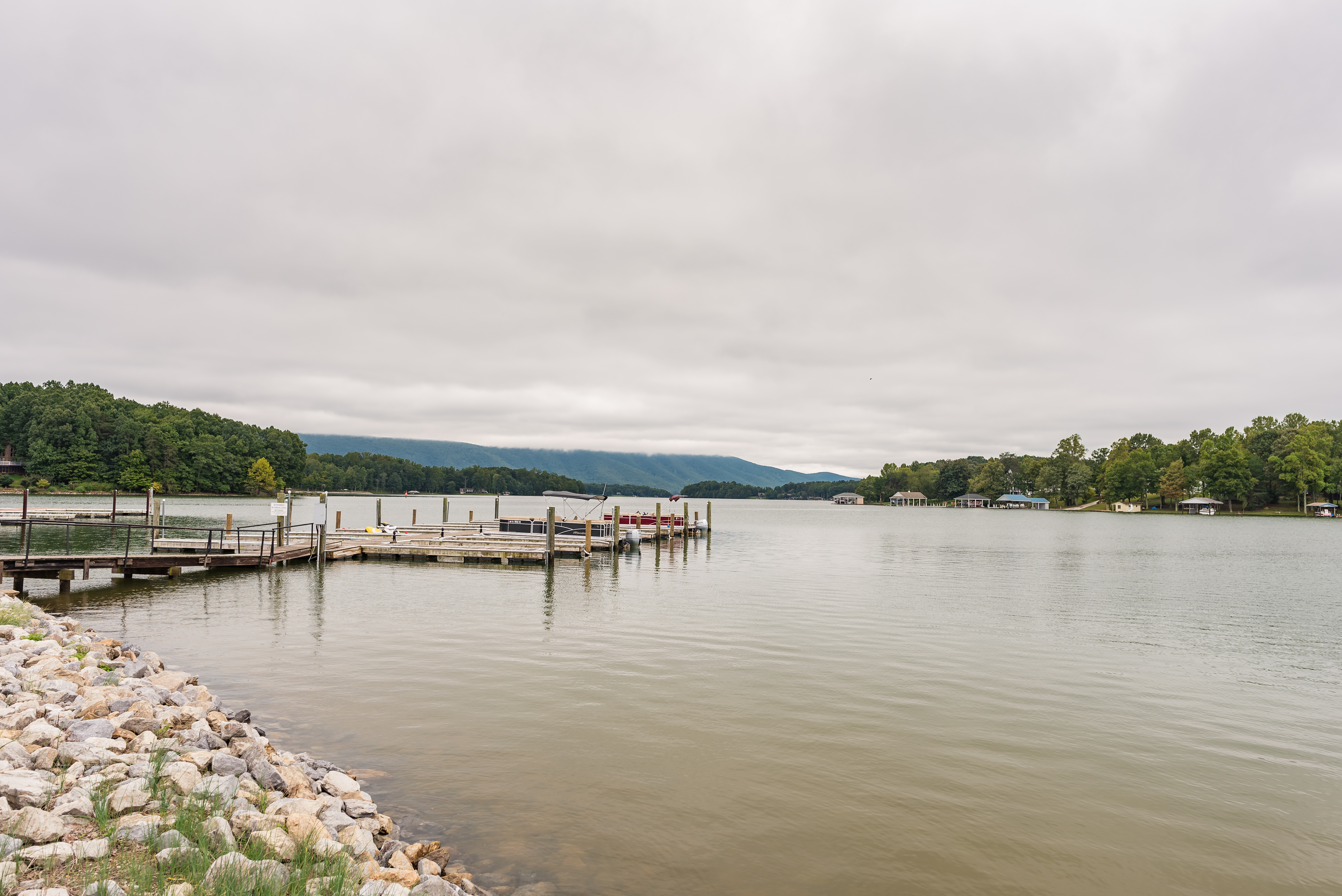 Smith Mountain Lake VA Our NC Hurricane Florence Escape | Things to do include Peaks of Otter